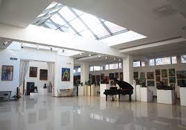 Nikoghosyan galleriet