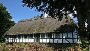Brechts hus, Skovsbostrand 8, 5700 Svendborg